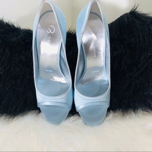 St John open toe light blue pumps; not worn; 6 1/2